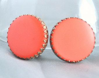 Round Orange Thermoset Earrings Large Vintage Dogtooth Prongs