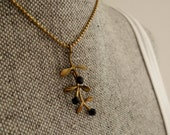 Blossom NECKLACE - FREE shipping worldwide