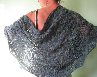 Waterlilies II shawl in merino alpaca and silk