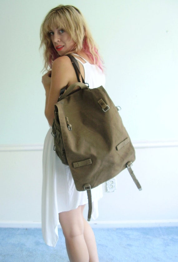 Army Green Canvas Military Foldover Flap Satchel Bag, Handheld - 60s 70s