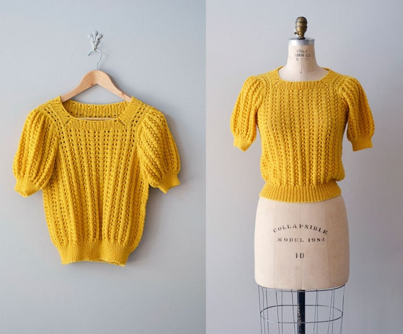 vintage 1970s sweater / mustard sweater / short sleeve sweater