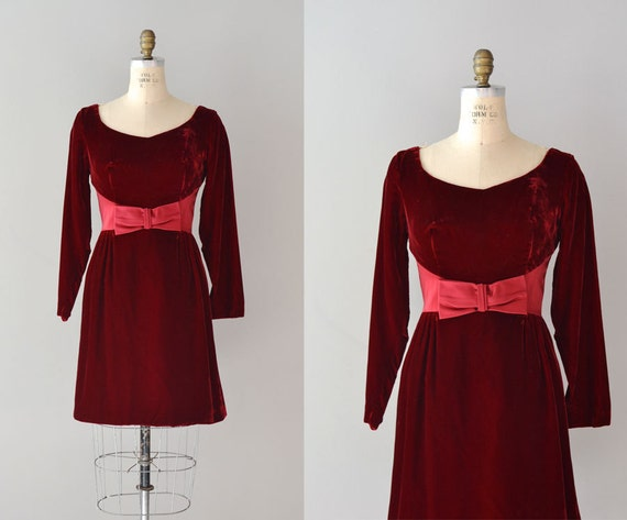 1960s dress / vintage 60s dress / Beaujolais Bow dress