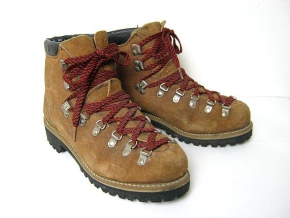 Simple Womens Hiking Boots Red Laces Hiking Boots  Red Laces
