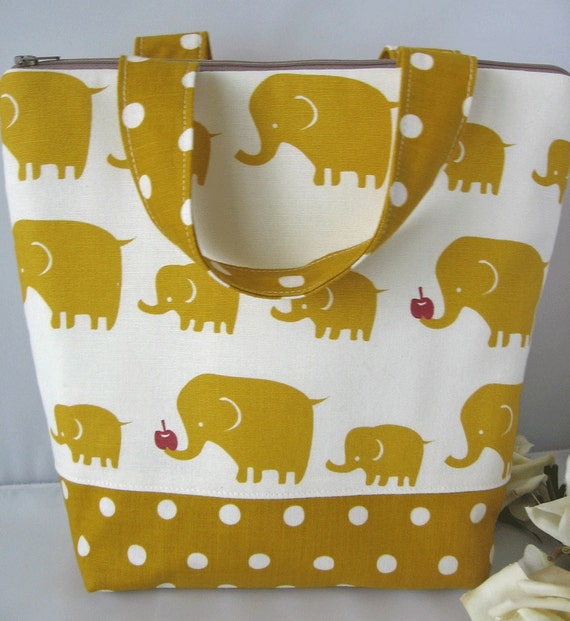 Insulated Lunch Bag / Elephants / lunch Tote / curry yellow / teacher