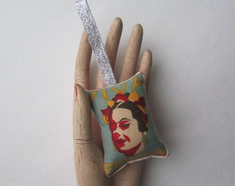 VIVA FRIDA - Frida Kahlo Plush Drawer Ornament