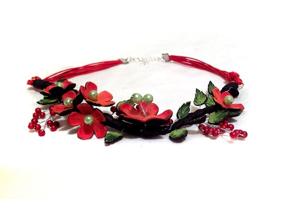 Statement leather necklace Bright flowers necklace