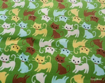 SALE - Cute Cats on Green - Fat Quarter (12ma1028)
