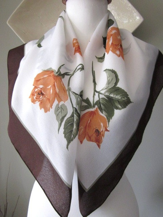 Lovely Valentina Fiore Scarf