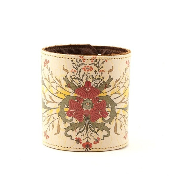 Leather cuff / wallet wristband - Art Nouveau