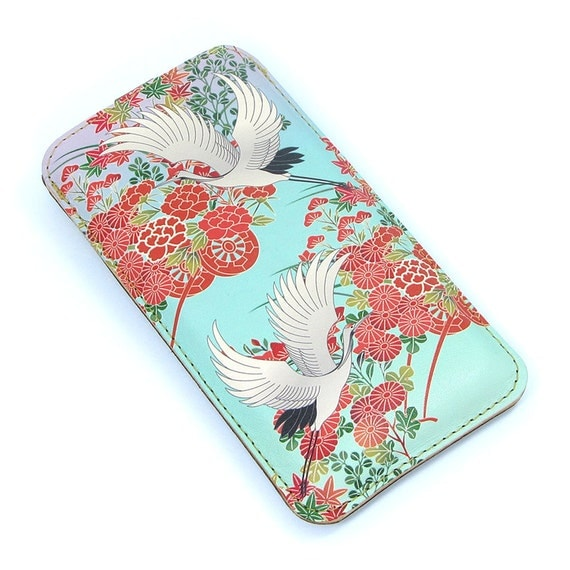 Leather iPhone 5 / new iTouch Case - Oriental Flowers and Flying Cranes