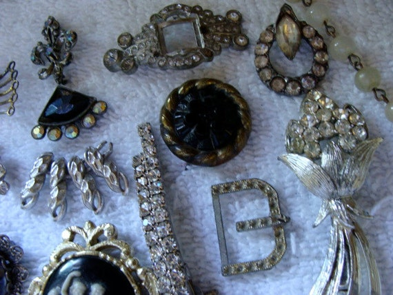 Vintage and Antique Goth Rhinestone Paste Mixed Jewelry 20 Pc Lot N0 57