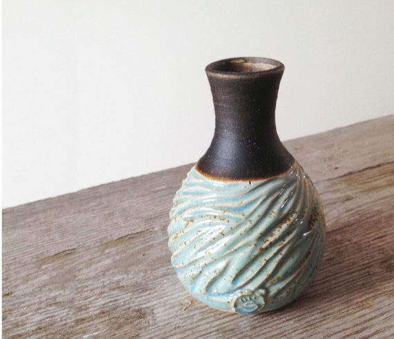 RESERVED - Little vase in light blue and brown - Carved - - Stoneware (grès) Vase