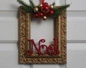 Picture Frame Christmas Wreath - Gold, Green and Red