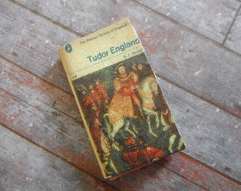 Miniature Book --- History of Tudor England