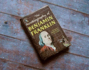 Miniature Book --- Autobiography of Benjamin Franklin