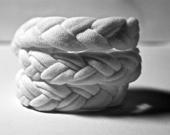 FABRIC BRACELETS braided cotton upcycled jersey cuff in white / headband - Fabric headband