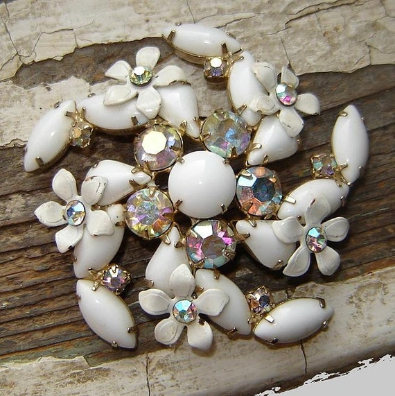 early 1960's Weiss brooch rhinestones and flowers - charity for animals