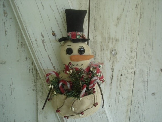 Primitive Christmas Winter Snowbuddy  Door Hanger with Pocket
