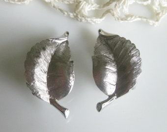 Signed Trifari Vintage Leaf Design Earrings
