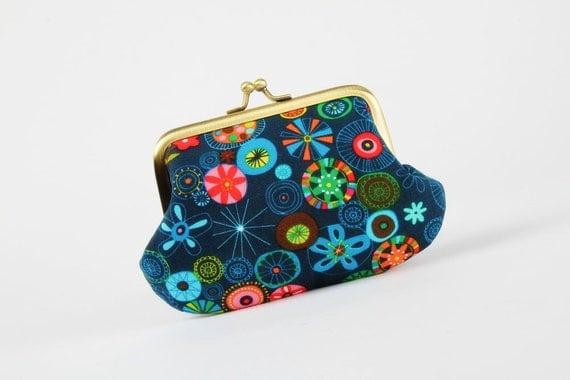 VACATION - Daddy purse - Graphic garden in navy - metal frame purse