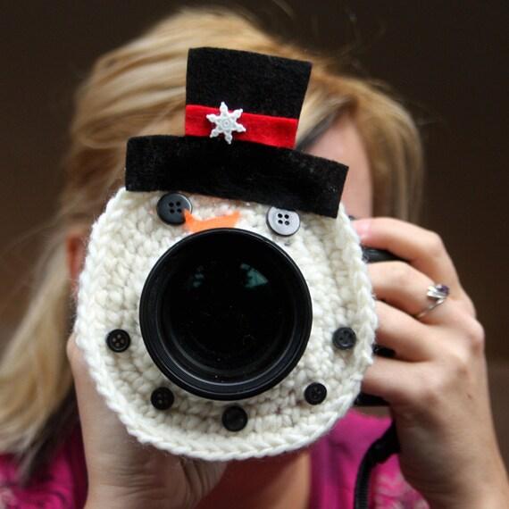 Camera lens buddy. Crochet lens critter snowman. Photo prop