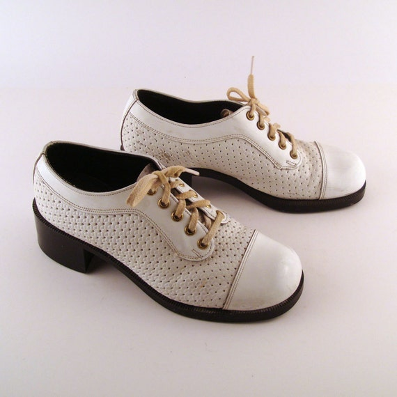 Platform Oxfords Vintage 1970s Lace Up White Patent Vinyl Men's 7 C