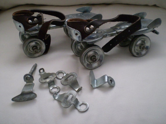 On Sale Rare Amp Vintage Dominion Metal Roller Skates With