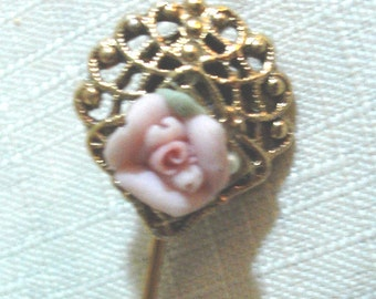 ABSOLUTELY LOVELY and Very Charming - Vintage Porcelain and Gold Tone Rose Stick Pin - Romantic