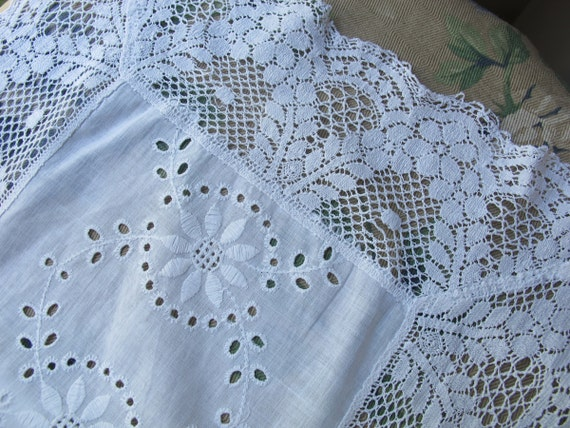 vintage white eyelet scarf lace dresser scarf wide by