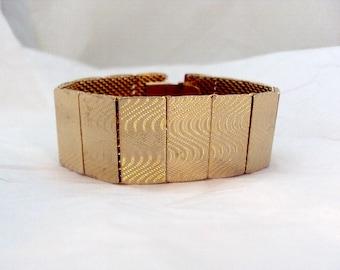 Wavy Goldtone Mesh Vintage Bracelet