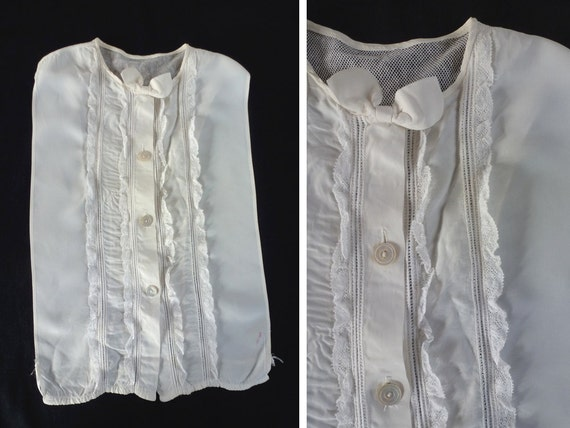 Vintage 1940s Modesty Panel . Dickey . White Rayon & Ruffled Lace Faux Blouse