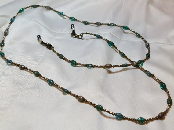 Green and Gold Eyeglass Chain