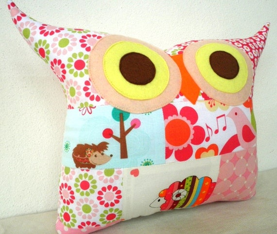 NEW//PATCHWORK /Plumage migrate owl pillow/Ready to ship