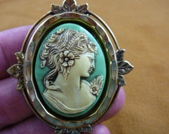 Exotic Lady Flowers Curlys in hair bright green ivory Cameo brass pin pendant cm31-34