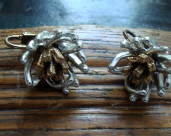 Vintage Silver & Gold Metals Free Form Floral Clip On Earrings