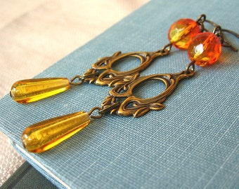 Forest Elf IV Fire - Orange amber glass brass earrings - Elysia