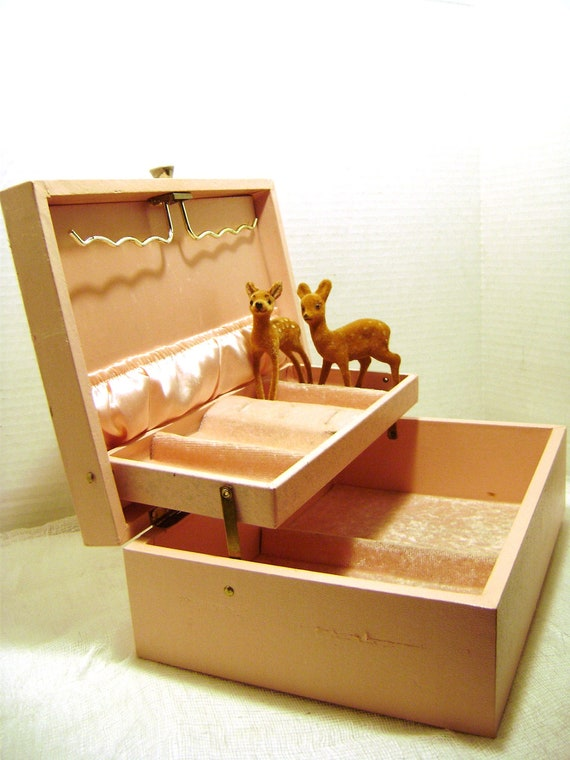 Vintage Jewelry Box, Pretty  Princess Pink with Gold Fleu Design, Hinged Lid, Pink Satin and Velvet Lined