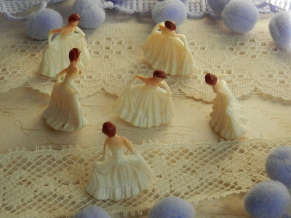 Miniature cream princess - set of 6