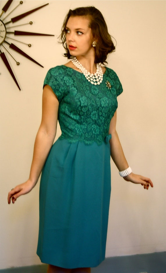 Vintage 50s Lace Wiggle Dress Emerald By Posiesforluluvintage