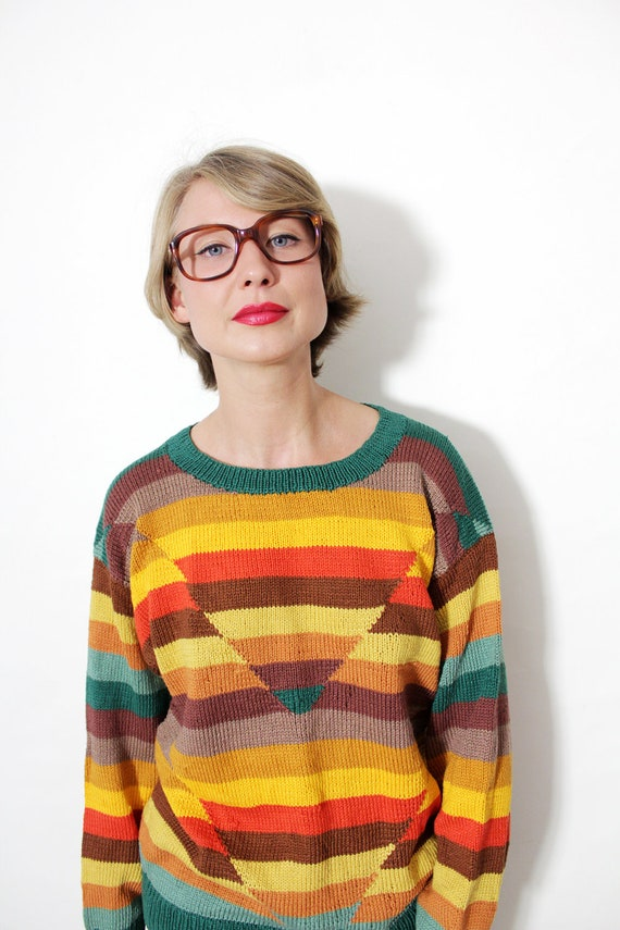 Vintage sweater / hand knitted colorful striped sweater / S-M
