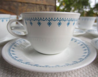 Vintage Snowflake Cups and Saucers Corelle Livingware by Corning