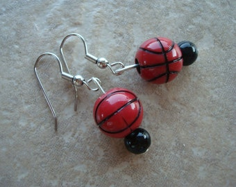 Basketball Brown Bead  Earring set with silver accent beads (809)