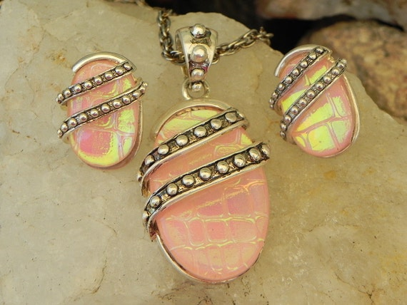 Vintage Pink Necklace and Earring Set
