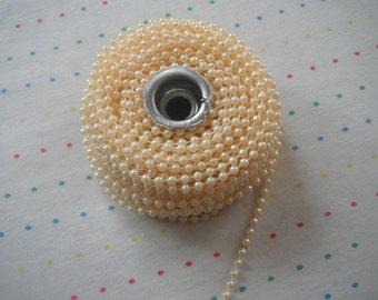 Small Cream Pearl Trim, 4 mm - 24 Yards