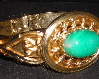 Apple Green Faux Jade Bangle Bracelet...Goldtone With Cabachon Stone....Fashionista's Choice