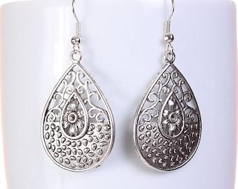 Silver tone filigree teardrop tear drop dangle earrings (593) - Flat rate shipping
