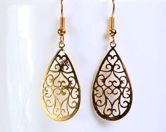 Gold plated teardrop filigree drop dangle earrings (651) - Flat rate shipping