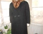 1950's-60's Heavy Black Knubby Wool Coat w/Fur Collar - Size M-L