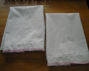 Pair of Sweet Vintage Pillowcases with Pink Crochet Edging