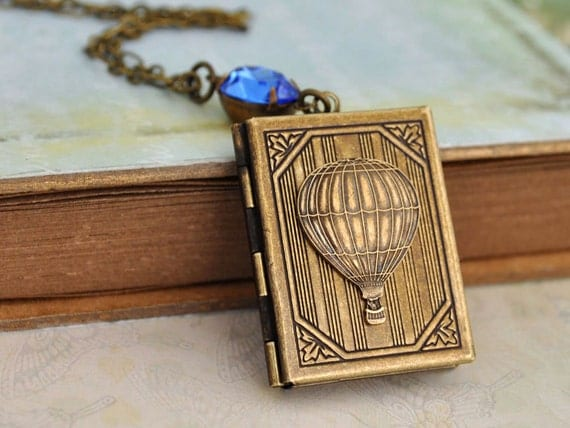 vintage style balloon locket necklace - JOURNEY - travel the world with hot air balloon